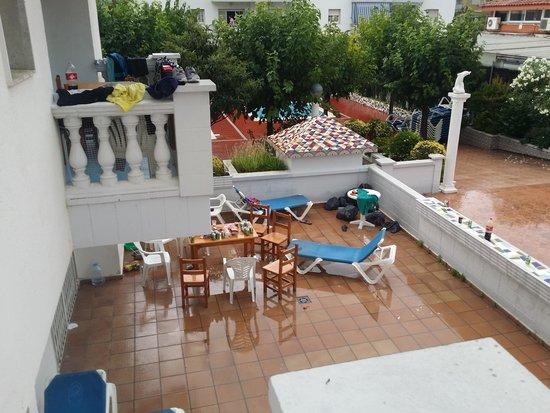 Apartamentos Europa: mirad como lo tienen todo... luego huele mal