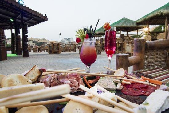 Excelsior Grand Hotel: Tiki Village - Outdoor Venue