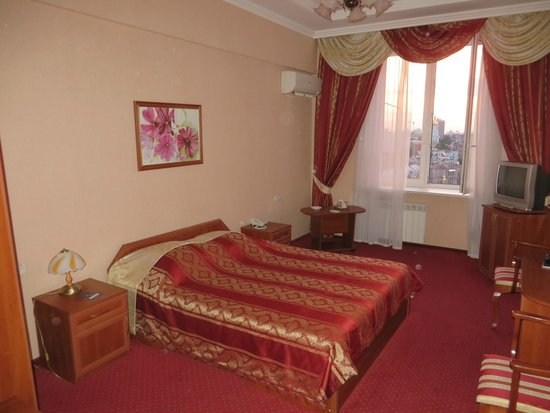 Hotel Ukraine: standard double room