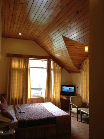 The Holiday Resorts Cottages & Spa: One of the rooms in the cottage with a beautiful view