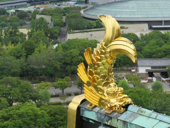 Osaka Castle: Detalle del tejado