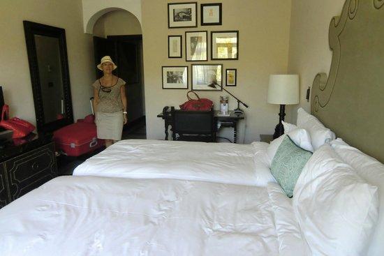 Hotel Alfonso XIII, A Luxury Collection Hotel, Seville: chambre, vue depuis la fenêtre