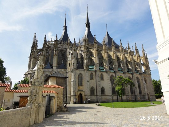 Cathedral of St. Barbara: The cathedral