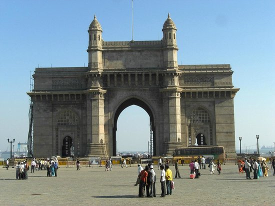 Essay on visit to gateway of india