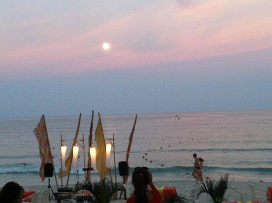 Baan Samui Resort : ristorante sulla spiaggia