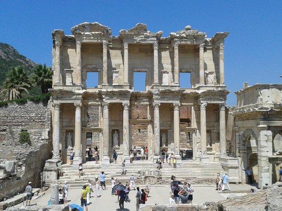 Ancient City of Ephesus: Biblioteca de Éfeso