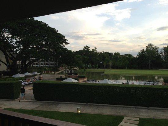 Le Meridien Chiang Rai Resort: Piscina