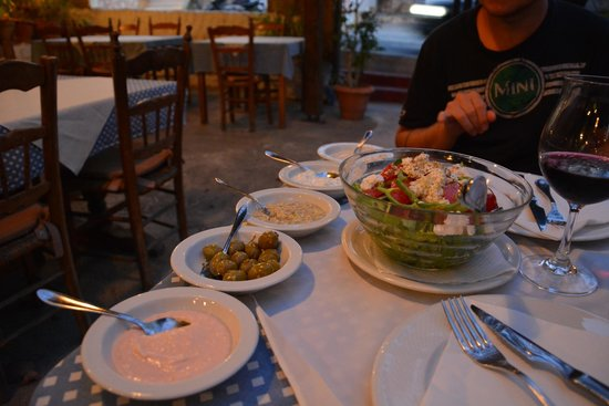 Taverna Napa: les premiers mezze