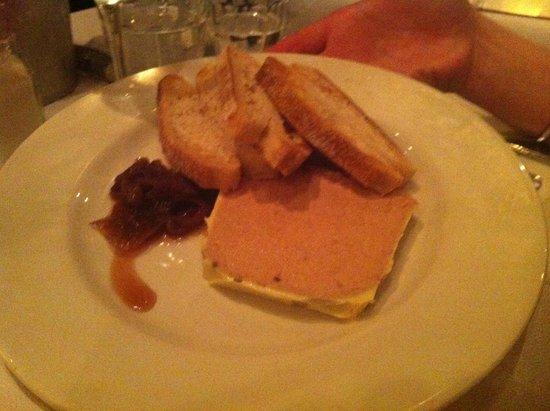 Palm Court Brasserie : l'acoppiata oignons confits foie-gras è vincente