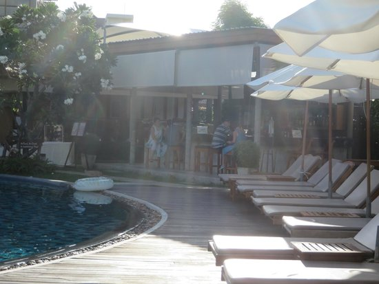 Metadee Resort and Villas : Bar