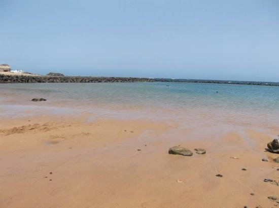 Broncemar Beach : beautiful coved beach