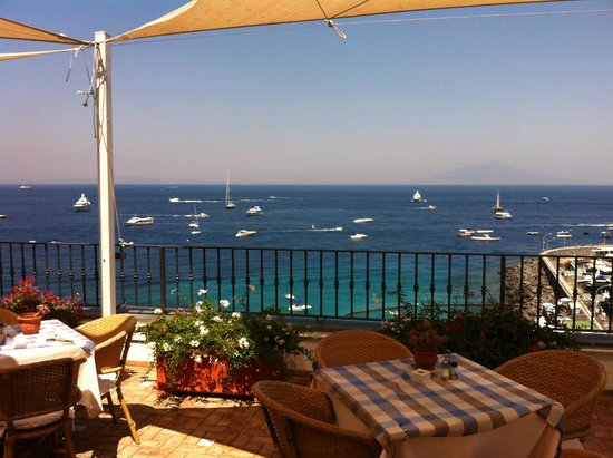 ... from the ferries. - Foto di Hotel Relais Maresca, Capri - TripAdvisor