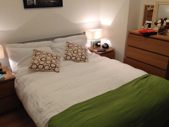 Lamington - Hammersmith Serviced Apartments: Apartamento 63- DORMITORIO Muy acogedor y cama amplia.