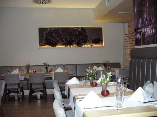 Pullman Munich: Ресторан отеля