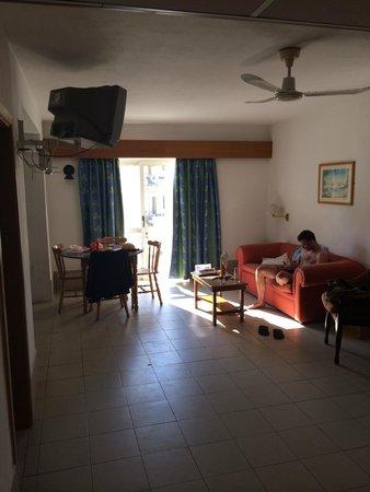 Club Salina Wharf : living area