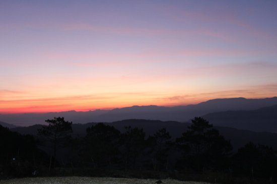 Mt Ampacao: The sun is rising