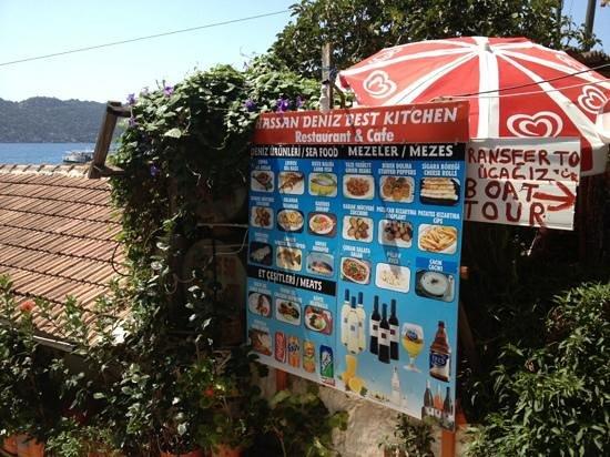 Kalekoy Harbour : Hassan Sea food restaurant
