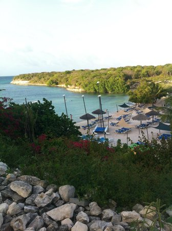 The Verandah Resort & Spa : view from above the beach
