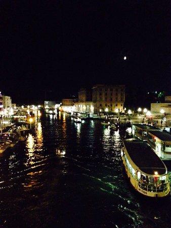 BEST WESTERN Premier Hotel Sant' Elena: Ночная Венеция)