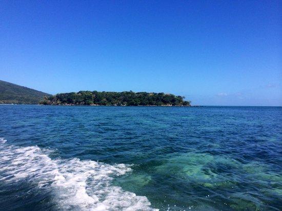 Papageno Resort : The way to church