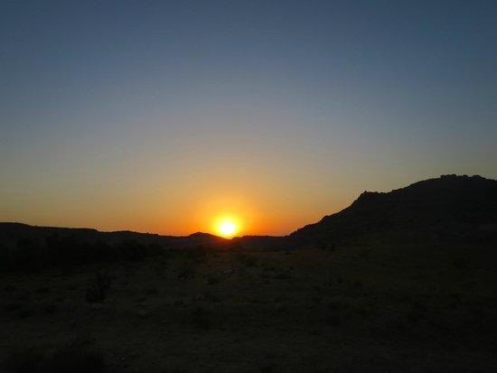 Beidha : sunset in Little Petra