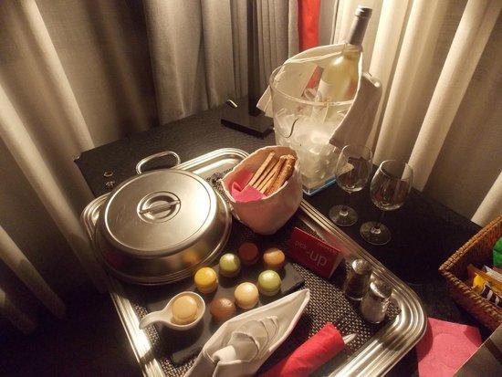 Hotel Cezanne : repas pris en chambre