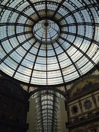 Michelangelo Hotel: Галерея Виктора Эммануила 2