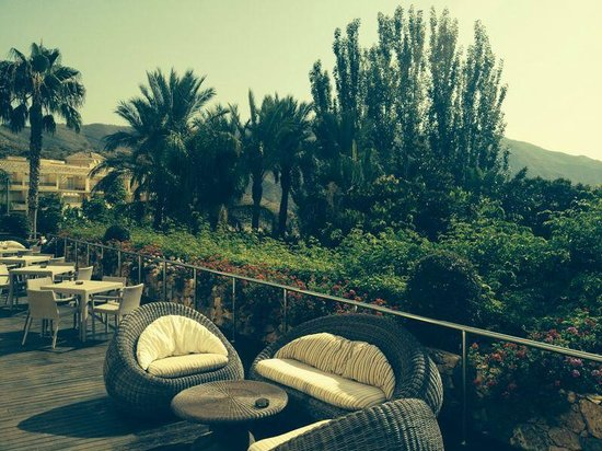 Vincci Hotel Envia Almeria Wellness & Golf: terraza bar