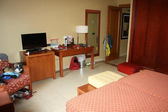 Vincci Hotel Envia Almeria Wellness & Golf: Tv