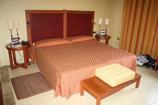 Vincci Hotel Envia Almeria Wellness & Golf: cama