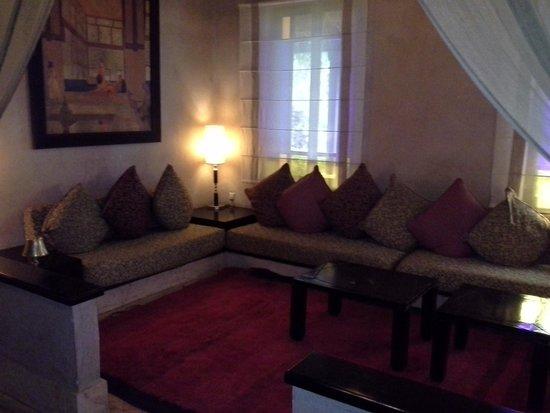 Club Med Marrakech le Riad : l un des salons de la réception