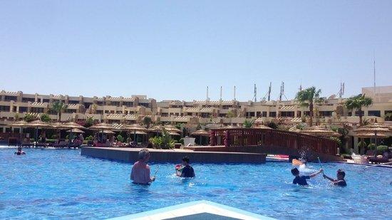 Coral Sea Sensatori - Sharm El Sheikh: One of the pools