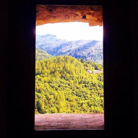 Castel Pergine : La vista dalla finestra del bagno