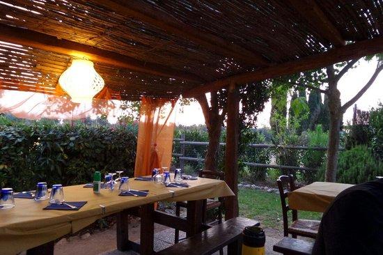Il Mangiapane: tavoli al tramonto