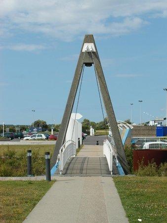 Pont de Normandie : La sua 'miniatura' ciclopedonale