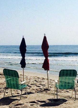 Windward at the Beach : Morning at the beach