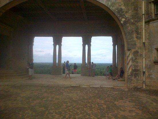 Château de Biron : Cour interieur