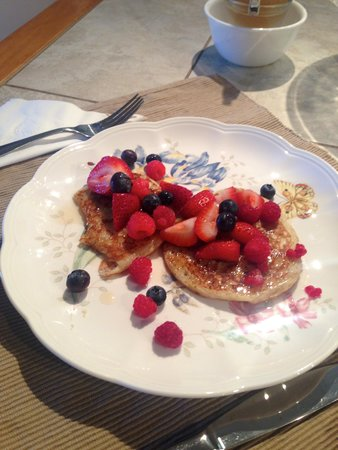 Rose Walk Inn Bed and Breakfast: Pancakes