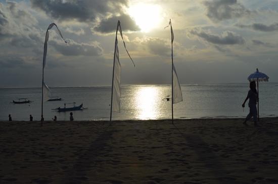 Ma-Joly: Beach view