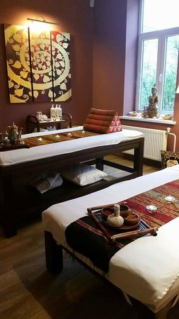Dhara Dhevi Thai Massage
