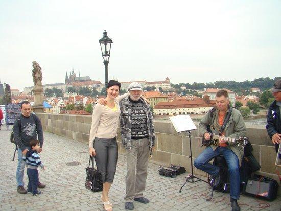 Puente de Carlos: фото с музыкантами