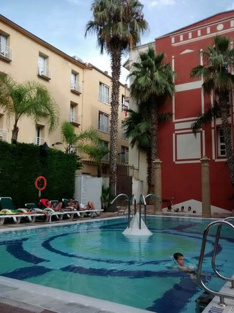 Cleopatra Spa Hotel: piscina- swimming pool