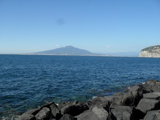 Grand Hotel Ambasciatori : View from the beach of the Volcano