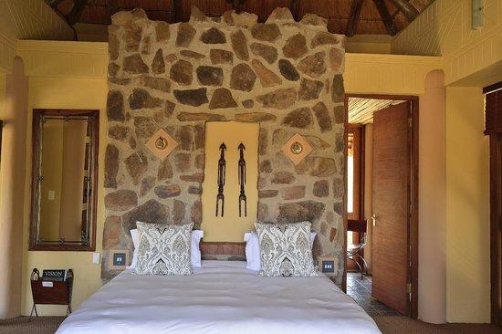 Ekuthuleni Lodge: Bedroom