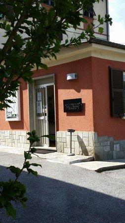 Osteria del Castello in Cengio Alto dal 1906: Ingresso locale