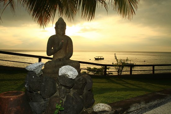 Batu Belah: Lever de soleil au calme