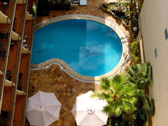 Hotel Saratoga : ground floor pool
