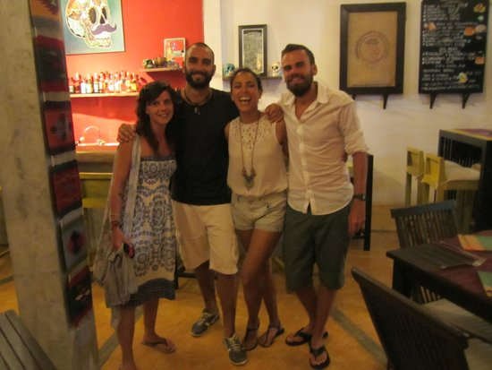 Barrio Bonito: Perfect hosts
