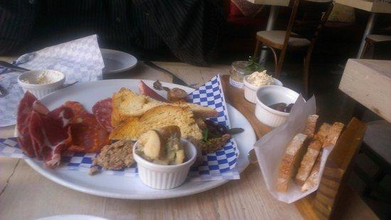 Cyrano's Farm Kitchen: Charcuterie plate