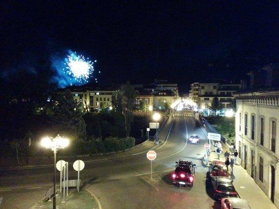 Hotel Imperion: Vista desde la habitación por la noche
